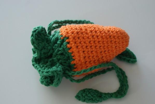 Une carotte en crochet dissimule une MoonCup
